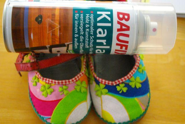 Schuhe lackieren