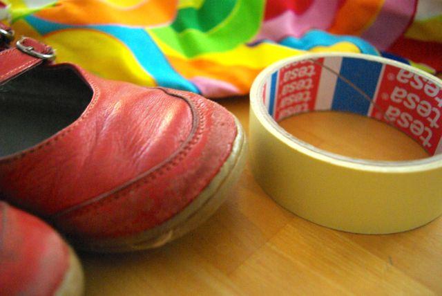 alte Schuhe Papierklebeband