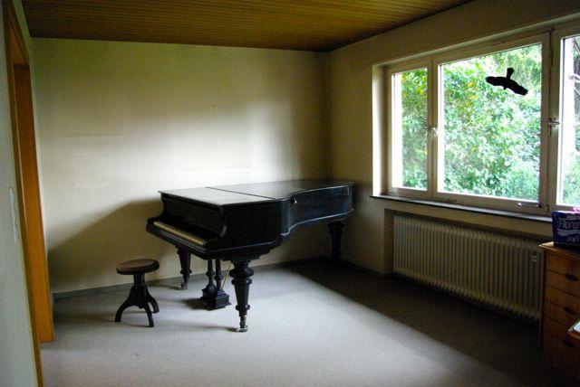 Wohnzimmer Klavier